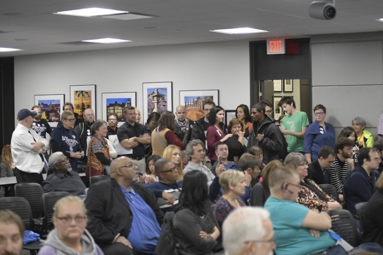 Packed City Commission meeting on October 24, 2017