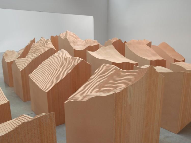 Maya Lin, Flow, 2009. FSC certified spruce, pine and fir 2 x 4s 2' x 35' x 11' (.61 x 10.668 x 3.353 m) © Maya Lin Studio