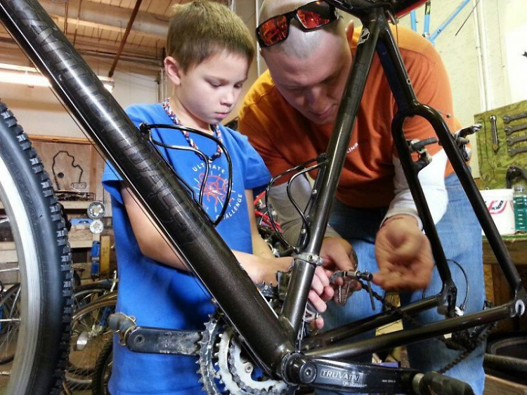Learning how to adjust a chain