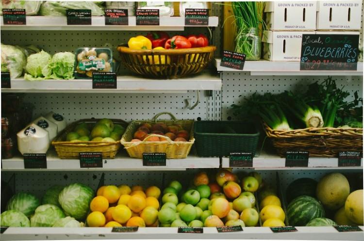 Produce at Nourish Organic Market