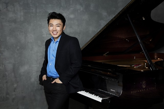 Pianist George Li, Medalist at the 2015 International Tchaikovsky Competition, joins the Grand Rapids Symphony on March 15-16.