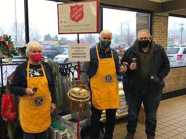 Grand Rapids Kiwanis Club take a day for bell ringing.