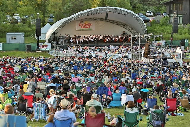 Grand Rapids Symphony celebrates the 25th anniversary season of the D&W Fresh Market Picnic Pops in 2019