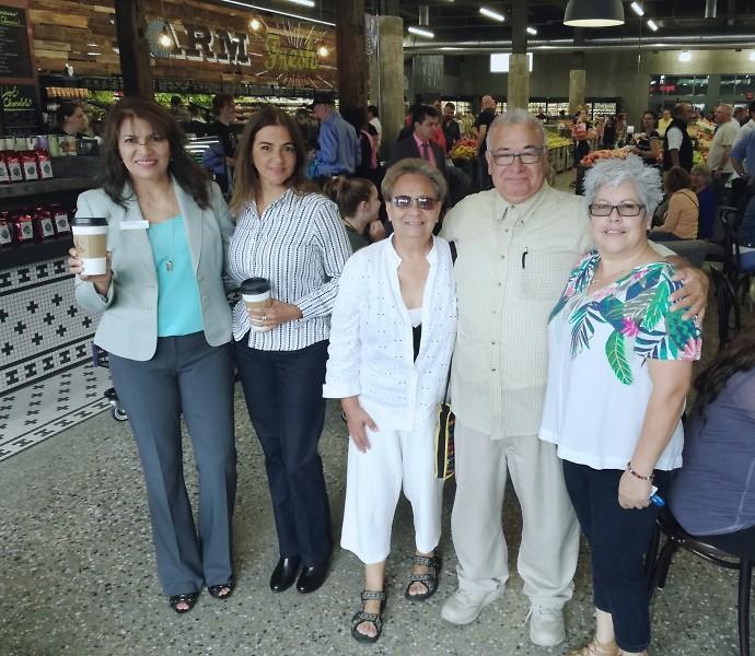 Maria Mier, Marcia Suazo, Mercedes Toohey, Luis Ramirez y Mercedes Lopez durante la jornada inaugural