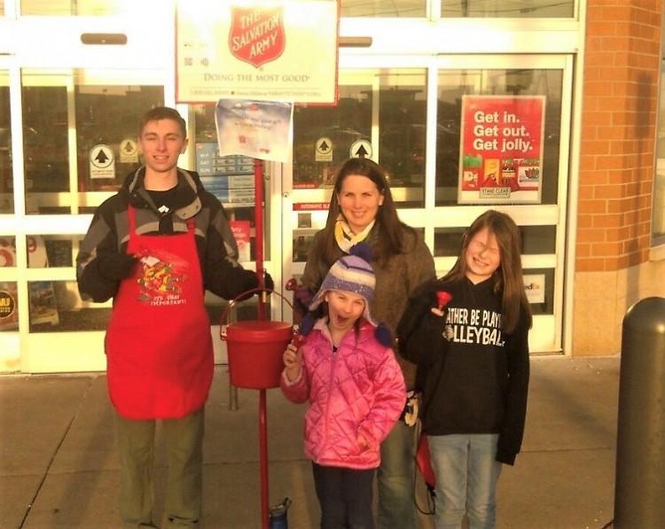 The Buckwalter Family rang bells at the Lake Michigan Drive Walgreens!