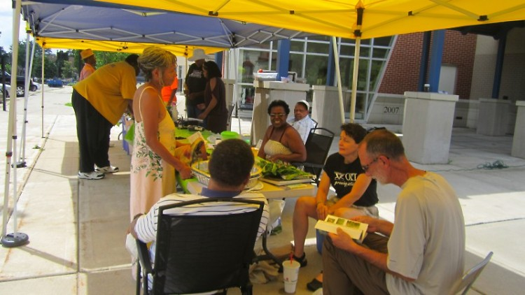 Urban Foraging class at the Southeast Farmers' Market
