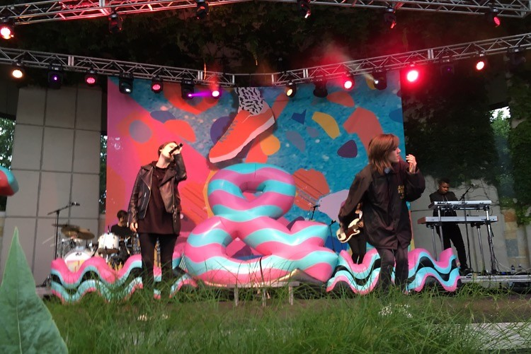 Tegan and Sara open the show at Frederik Meijer Gardens