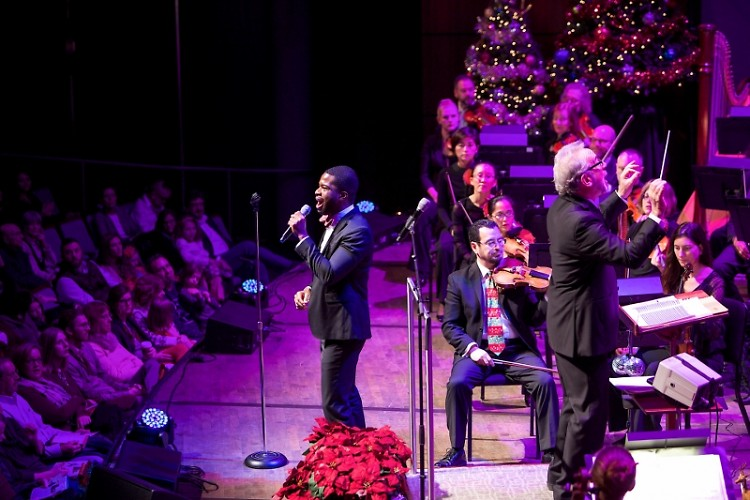 Singer Justin Hopkins returns for the Grand Rapids Symphony's 2018 Wolverine World Wide Holiday Pops