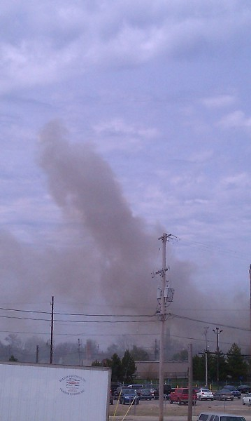 Plumes of smoke from the Kindel Fire