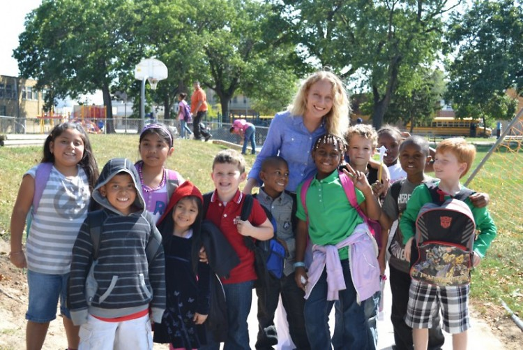 Principal Cheney with kids from Congress