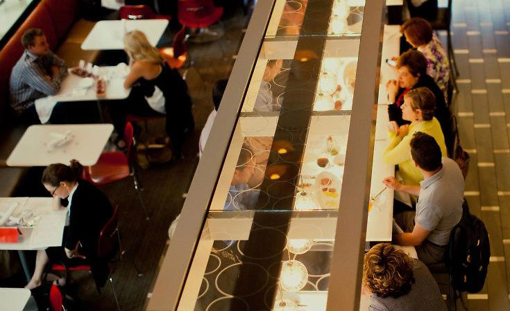 Reserve's customers dine the restaurant's modern ambiance