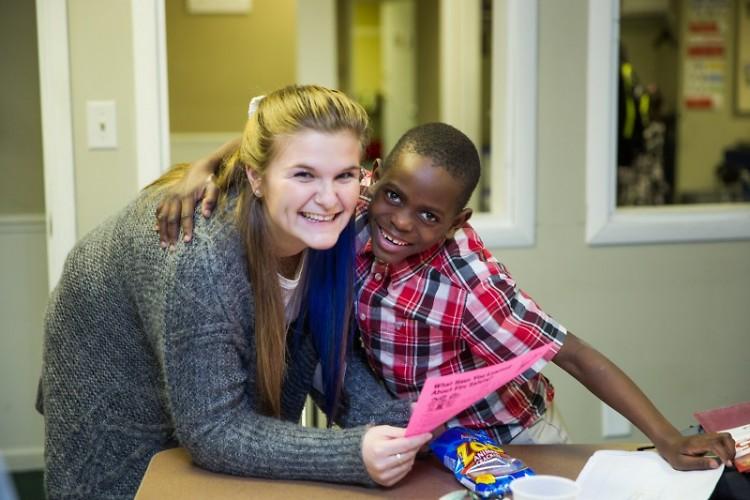 WMRECC volunteer and student
