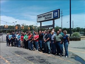 The final 35 workers at the GM metal stamping plant in Wyoming pose for a final picture. (May 2009)