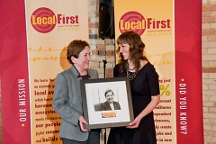 Laurie Beard receives her Guy Bazzani Local Legacy Award presented by Elissa Hillary.