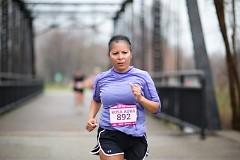 Running on the Riverside Park bridge