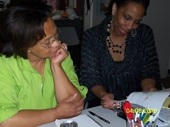 Volunteers Pearl Banks and Enid Gaddis