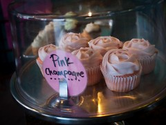 Pink champagne cucpcakes
