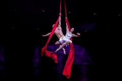 Cirque de la Symphonie's company of acrobats and aerial artists join the Grand Rapids Symphony for Cirque de Noel.
