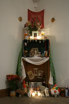 One of the shrines honoring the dead