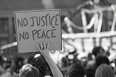 Demonstration in St. Paul, Minnesota after Philando Castille shooting July 2016.