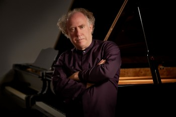 Pianist Jeffrey Kahane is soloist in Mozart's Piano Concerto No. 22 with the Grand Rapids Symphony