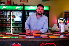 Joe Welniak, proprietor