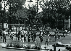 When the splash pool was open, many came to enjoy it