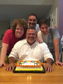 Roberto Amaya with family.