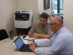 VUB Director, Tim Marroquin, helping a student veteran.