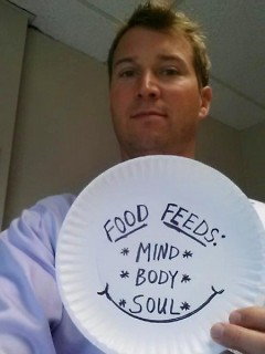State Senator Dave Hildenbrand takes a #paperplateselfie for Hunger Action Week.