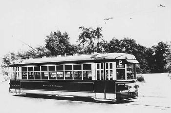 Leonard street street car