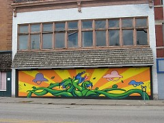 Mural located at 217 S. Division